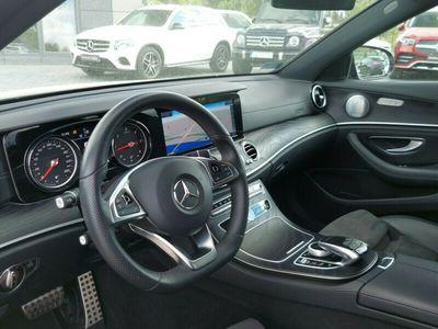używany Mercedes E220 4MATIC