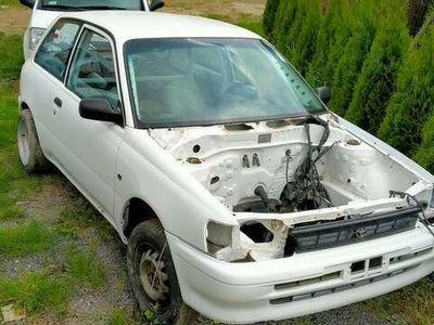 używany Toyota Starlet kjs