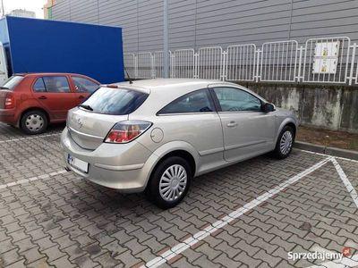 używany Opel Astra GTC Astra III1.6 Cosmo