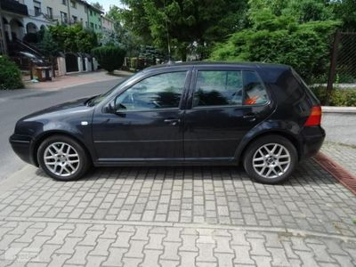 używany VW Golf IV Golf 4 r.2003 1,6 moc 105km