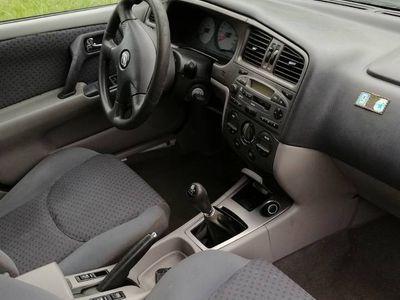 używany Nissan Primera 1,8 benzyna 2002r Odpala i gaśnie