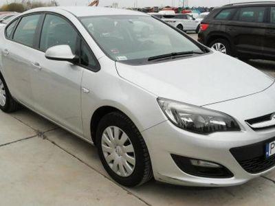 używany Opel Astra 1.4dm 140KM 2016r. 70 700km