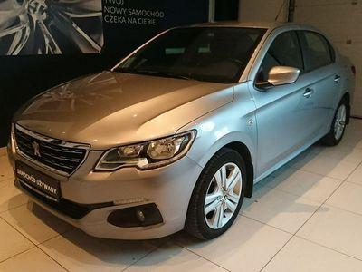 używany Peugeot 301 1.6dm 100KM 2017r. 67 900km