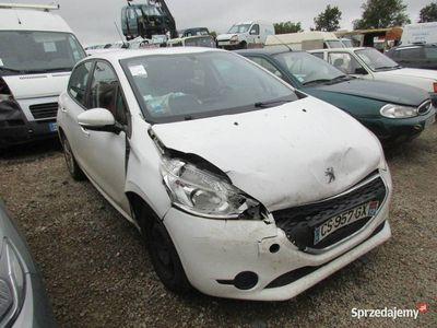 używany Peugeot 208 CS957