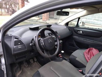 używany Citroën C4 1,6 benzyna