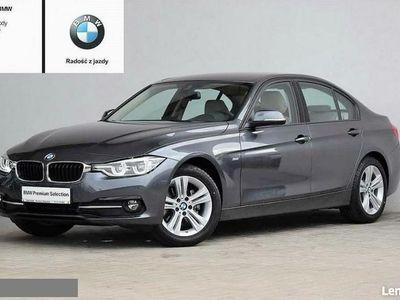 używany BMW 320 2dm 190KM 2017r. 18 100km