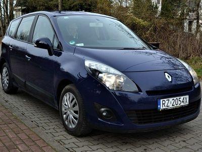 używany Renault Grand Scénic III 1.6dm 110KM 2009r. 167 000km
