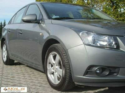 używany Chevrolet Cruze 1.8dm 141KM 2011r. 230 548km