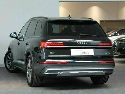 używany Audi Q7 3dm 286KM 2020r. 19 756km