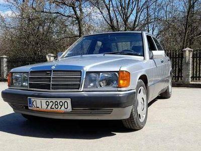 używany Mercedes 190 w201