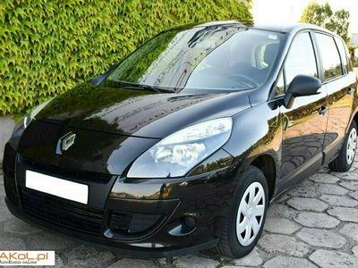 używany Renault Scénic 1.5dm 86KM 2010r. 211 860km