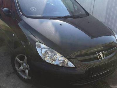 używany Peugeot 307 2004 rok klima