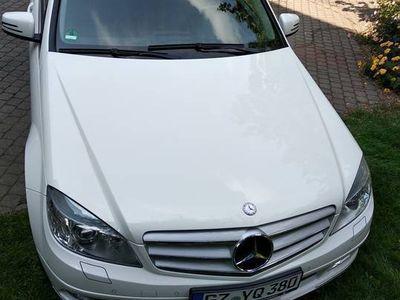 używany Mercedes C200 CGI BlueEfficiency S204 Avantgarde