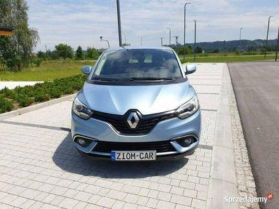 używany Renault Scénic 1.6dm 130KM 2017r. 14 620km