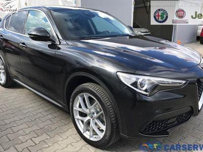 używany Alfa Romeo Stelvio 2dm3 280KM 2019r. 2km Super 2.0 280KM AT8 | Czarny VULCANO / Czarna skóra | Dużo pakietów