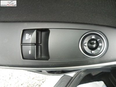 brugt Hyundai i30 1.4dm3 90KM 2015r. 74 000km 1.4D Salon Pl Gwarancja / opony f-vat