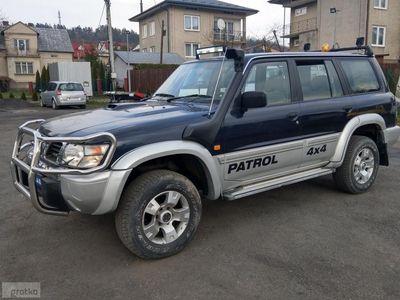 używany Nissan Patrol V [Y61] 2.8TD130M 4x4 Blokada,Reduktor,Snorkel,7-osób