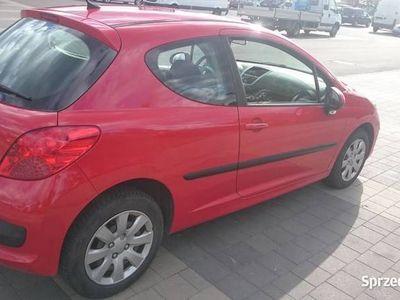 używany Peugeot 207 z Niemiec