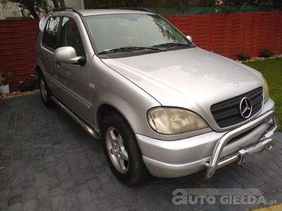 używany Mercedes ML270 ML 270