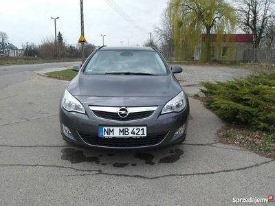 używany Opel Astra 1.7 110 Km Ideał