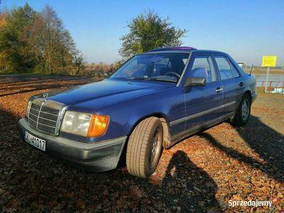 używany Mercedes 230 W124