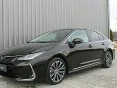 używany Toyota Corolla XII 1.8 Hybrid Executive