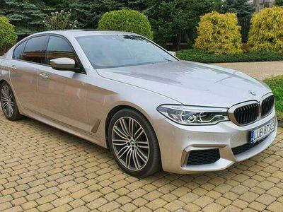 używany BMW M550 d 400 KM. Webasto, Dociąganie, Head Up. 100% bezwypadkowy. Jak nowy. G30 (2017-)