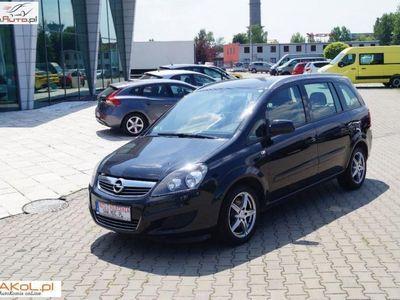 używany Opel Zafira 1.7dm 125KM 2015r. 143 974km
