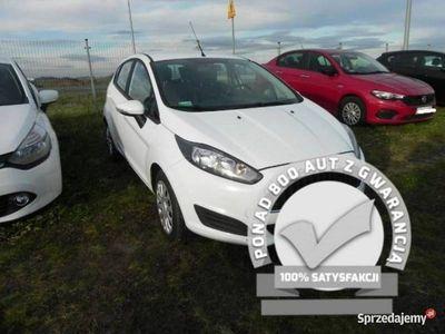 używany Ford Fiesta 1.5dm 75KM 2016r. 114 293km