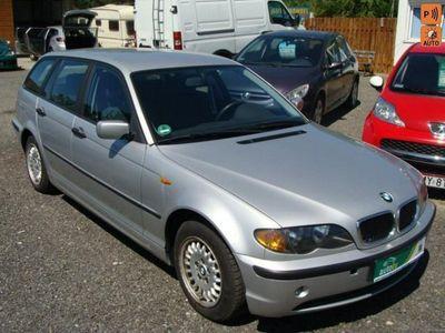używany BMW 316 1.8dm3 115KM 2003r. 188 000km Po opłatach