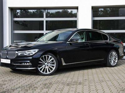 używany BMW 730 3dm 265KM 2017r. 66 904km