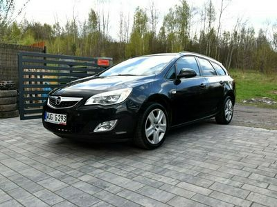 używany Opel Astra 1.4 Benzyna*Bardzo Bogate Wyposażenie*Gwarancja 12 msc*Kredyt/Leasingi IV (2010-)