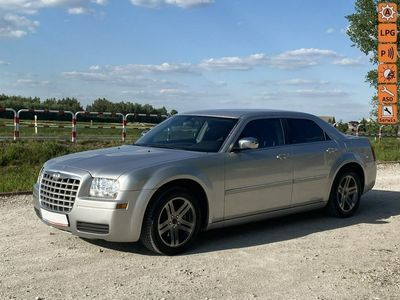 używany Chrysler 300C Zostan w Domu Dostarczymy Auto pod Twój dom Zadzwon zapytaj Gwarancja