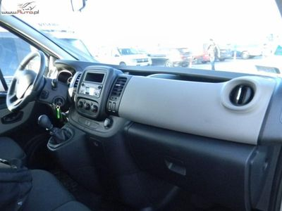 used Renault Trafic Trafic 1.6dm3 125KM 2017r. 89 032kmG.Passe. 1.6 dC L2H1P1 Pack Clim FV 23%, Gwarancja
