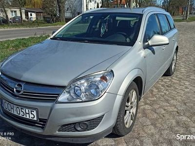 używany Opel Astra kombi zamiana na dostawczy