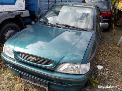 używany Ford Escort coupe, 3 drzwiowy sprowadzony