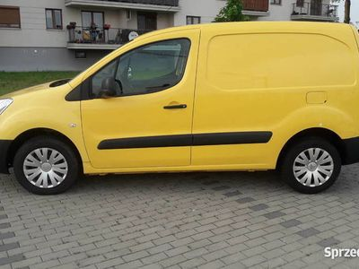 używany Citroën Berlingo 1,6HDi Hak VAT-1