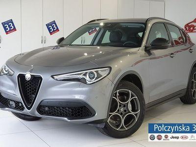 używany Alfa Romeo Stelvio 2dm3 280KM 2019r. 2km Super 2.0 280KM AT8   Grafitowy VESUVIO / Brązow skóra   Dużo pakietów