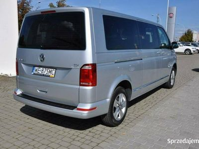 używany VW Caravelle 2dm 102KM 2016r. 63 225km