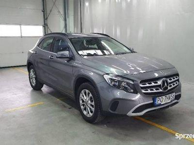 używany Mercedes GLA180 1.6dm 122KM 2018r. 11 157km