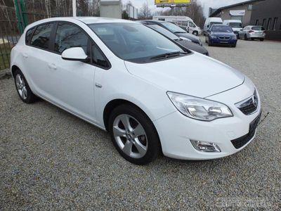 używany Opel Astra ASTRA HATCHBACKA 5drzwi-Klima-Alu17-ESPHATCHBACKA 5drzwi-Klima-Alu17-ESP