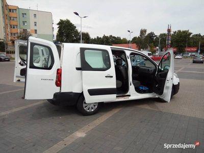 używany Peugeot Partner LONG 5 osobowy klima