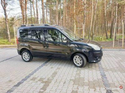 używany Fiat Doblò 1.6dm 105KM 2010r. 174 000km