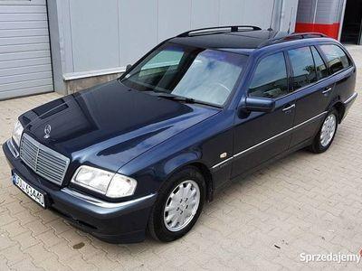 używany Mercedes E250 C 2,5 TD W202 150KM KOMBI skóra automat