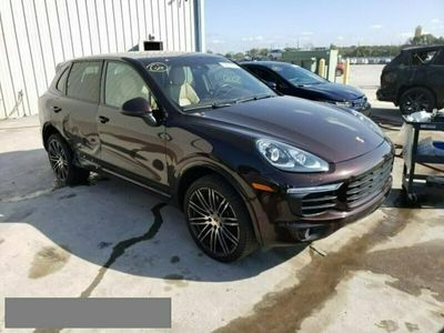 używany Porsche Cayenne 3.6dm 420KM 2017r. 48 000km