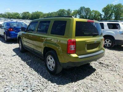używany Jeep Patriot Sport 2.0 benz. autom. 158 KM 2012