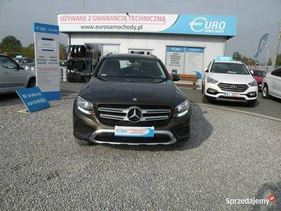używany Mercedes GLC250 2dm 210KM 2016r. 83 000km