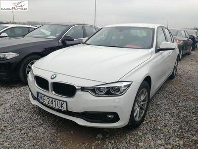 używany BMW 318 1.5dm3 136KM 2018r. 12 345km ABS