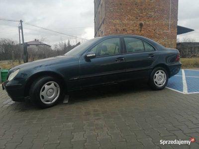 używany Mercedes C200 W203 2,2 diesel