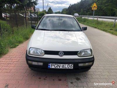 używany VW Golf III 1.9D w db stanie z ważnymi opłatami tanio